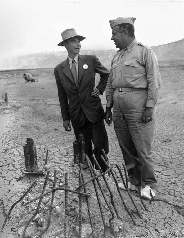 Trinity_Test_-_Oppenheimer_and_Groves_at_Ground_Zero_002.jpg