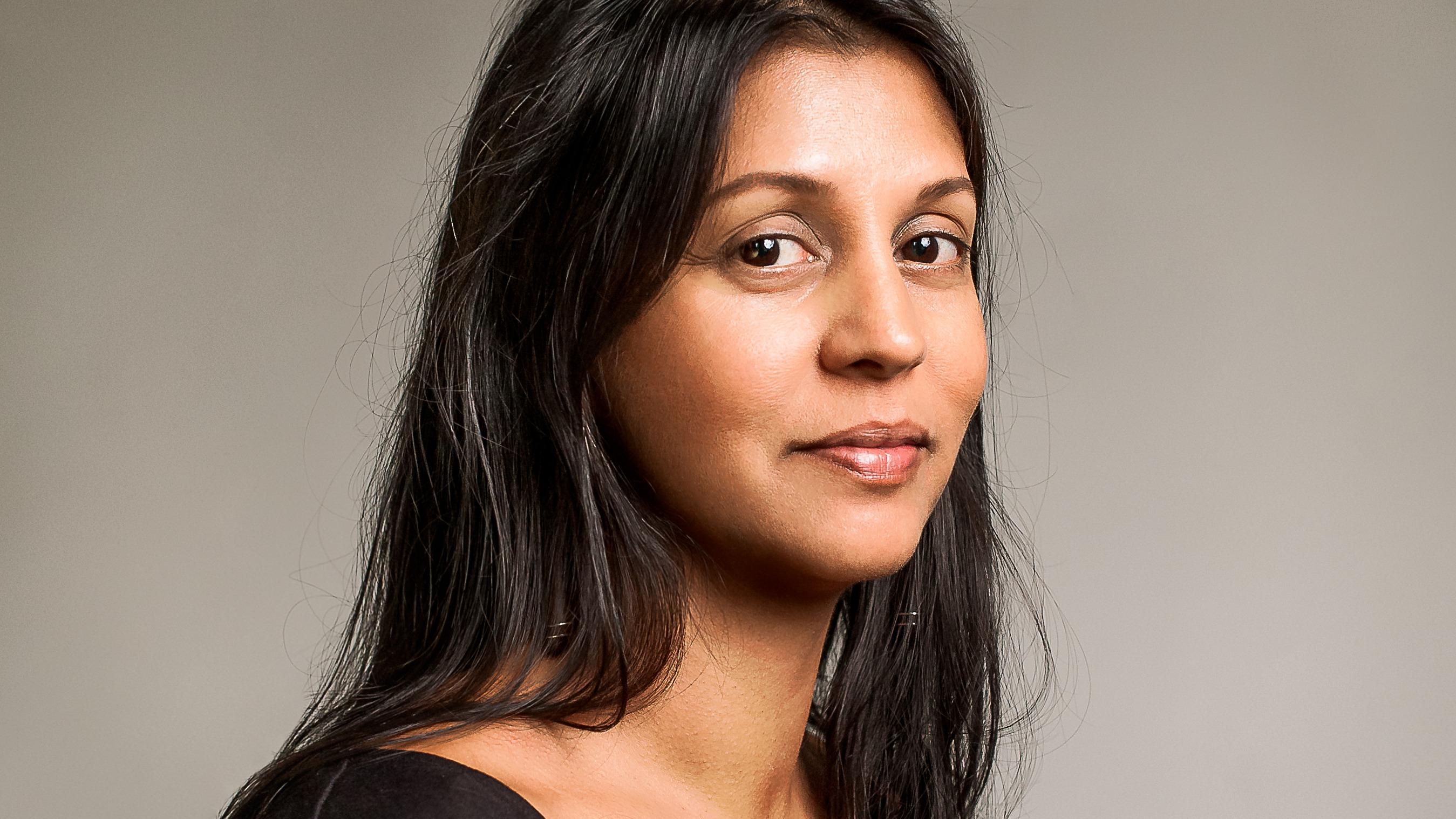 Sonia Shah headshot.jpg