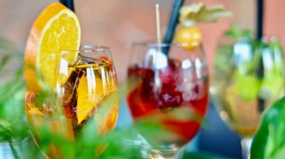 tropical drinks 2.jpeg