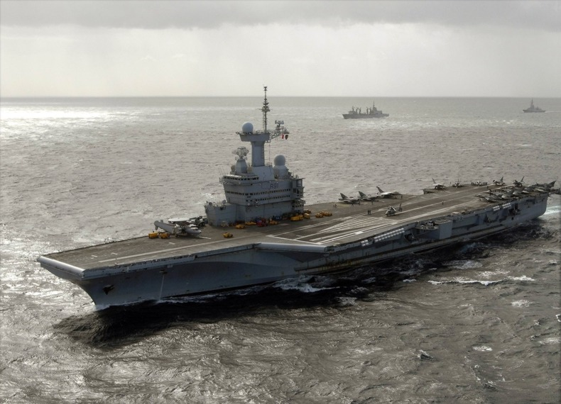The French aircraft carrier Charles De Gaulle. Credit: US Navy via Wikimedia Commons.